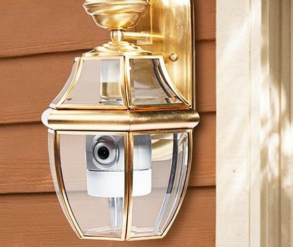 zmodo-smart-door-light-and-connected-doorbell-2