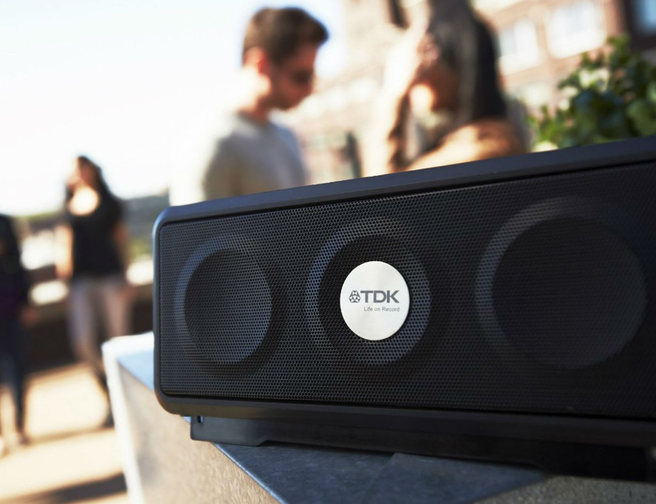 A33+Wireless+Weatherproof+Speaker+By+TDK+Life+On+Record