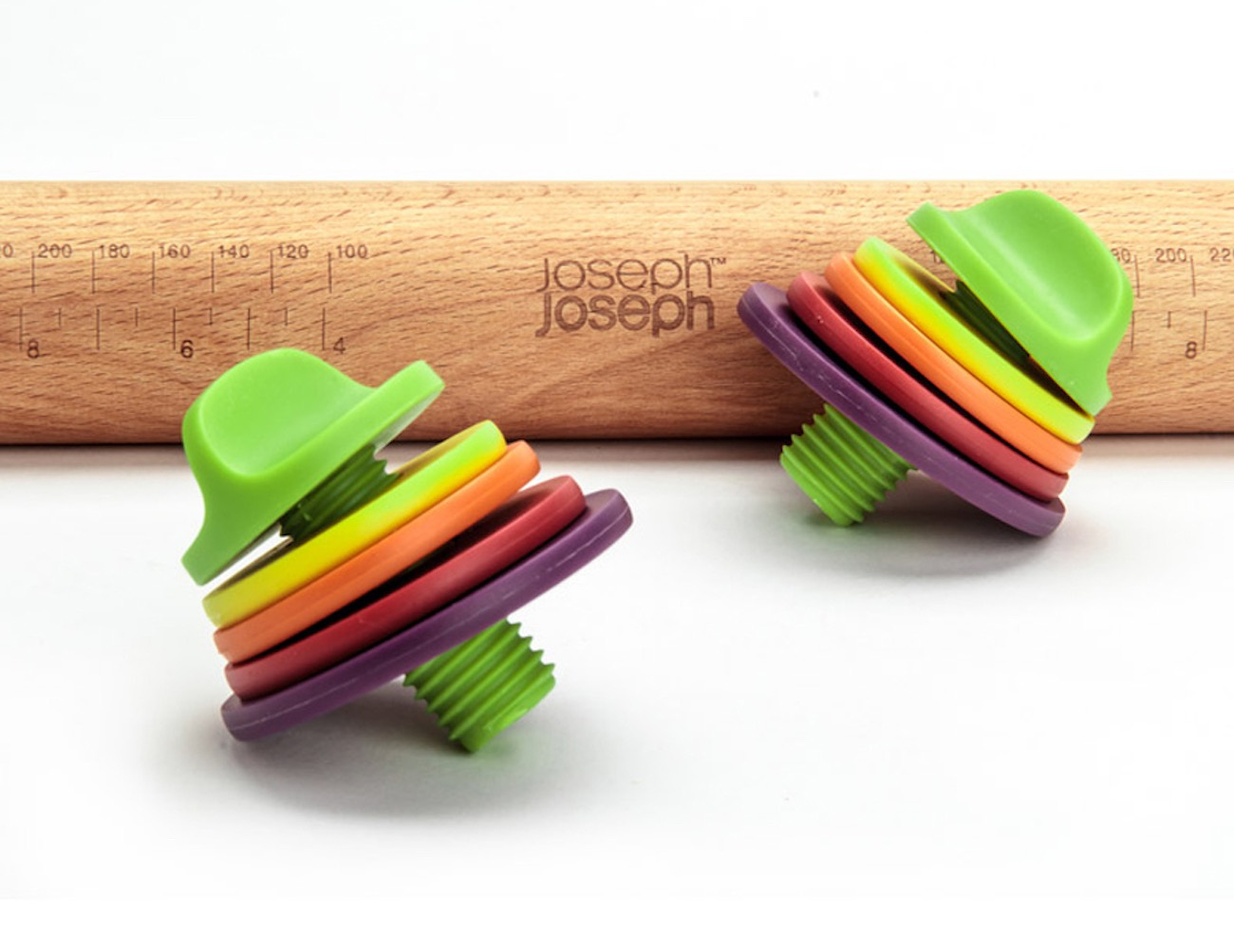 adjustable-rolling-pin-by-joseph-joseph-04