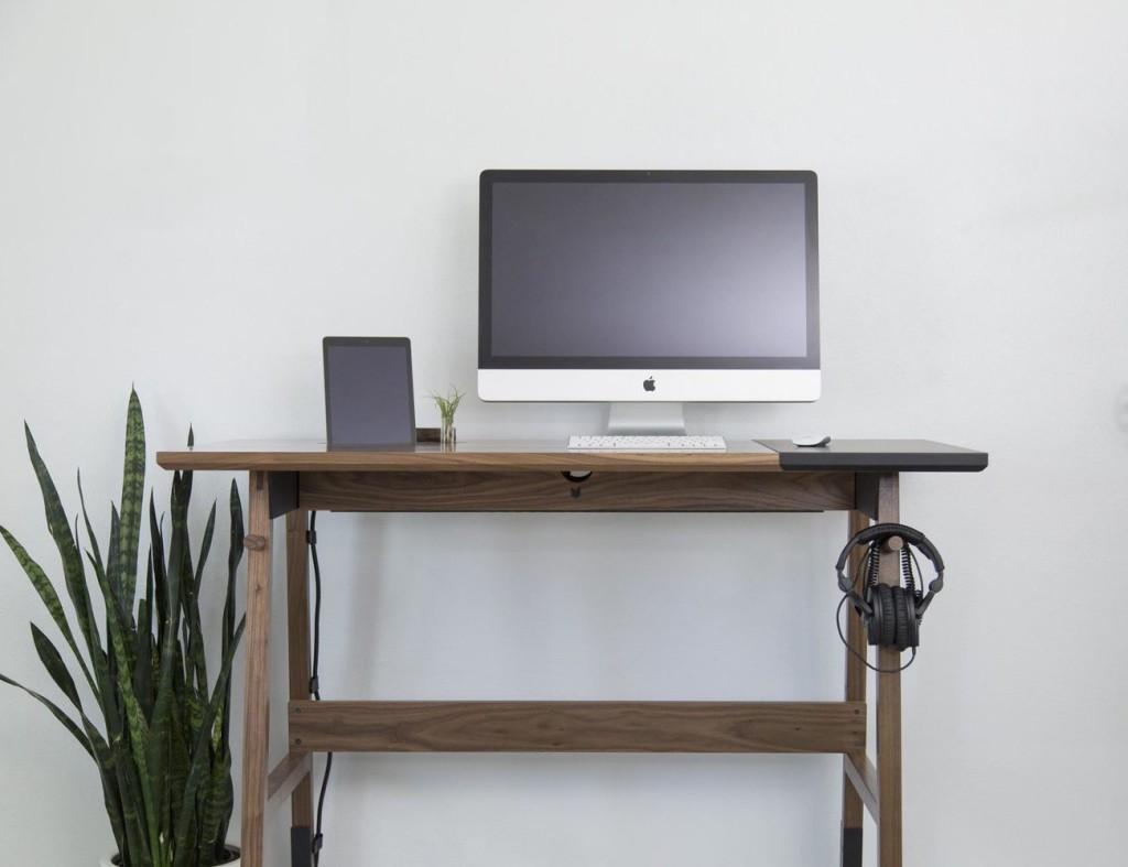 Artifox+Standing+Desk+01