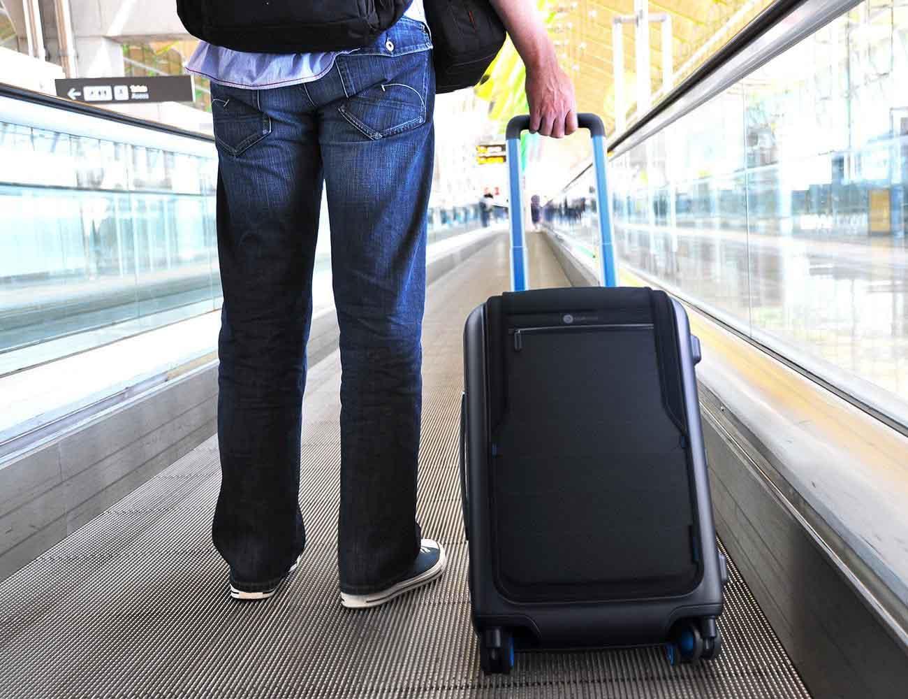 Bluesmart – World's First Smart Luggage