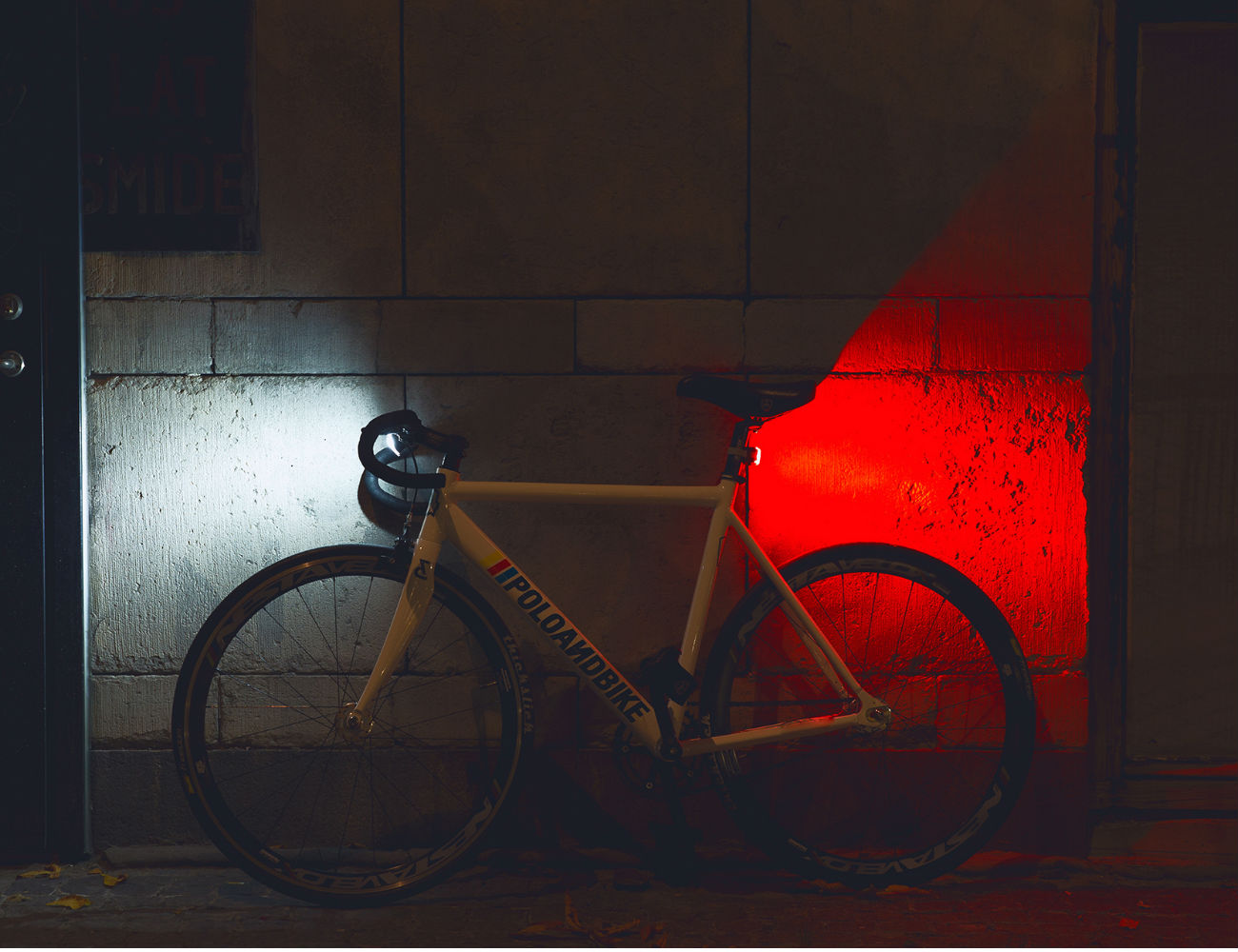 bookman-curve-front-bicycle-light-07