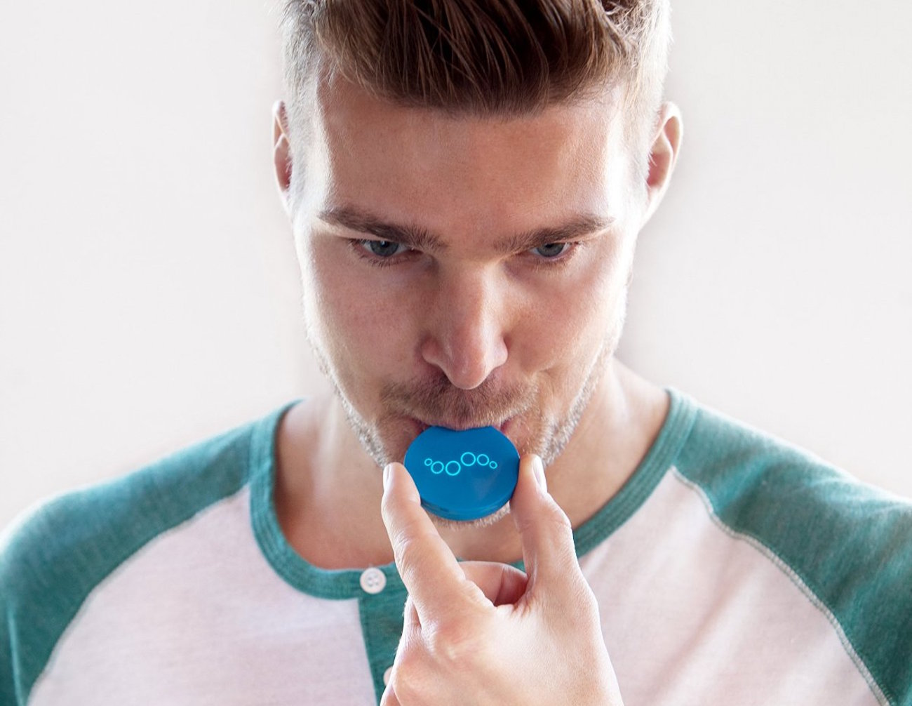 Breathometer Breeze Wearable Breathalyzer