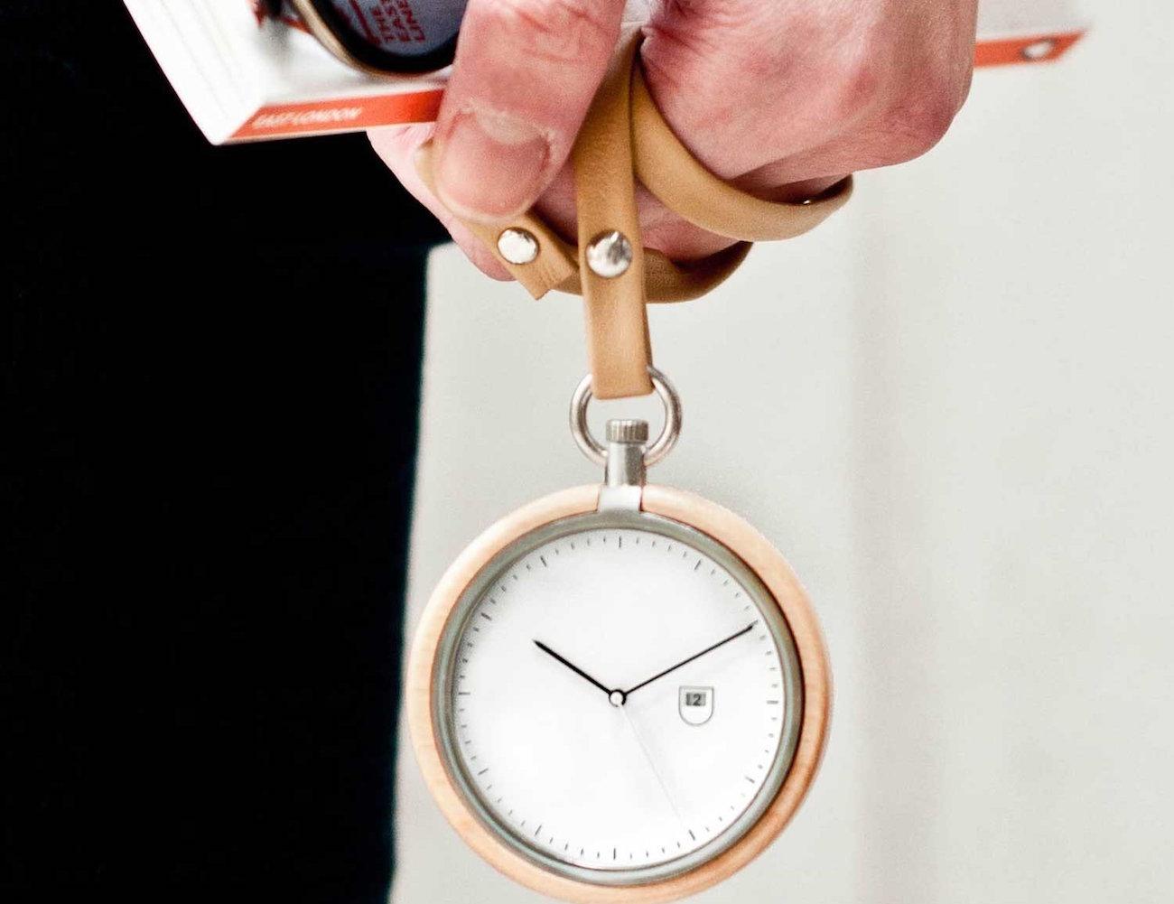 calendar-maple-pocket-watch-by-mmt-01