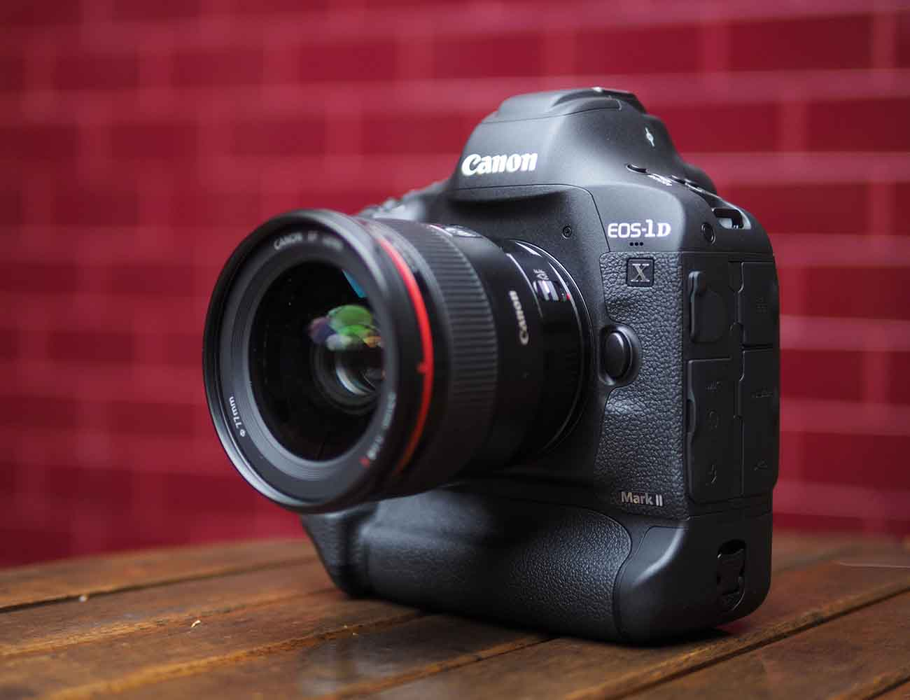 Canon+EOS-1D+Mark+II+DSLR+With+4K+Video