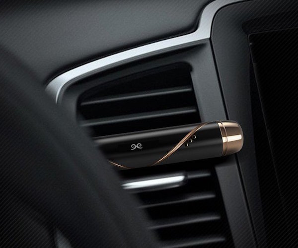 car-air-conditioning-vent-flavor-stick-02