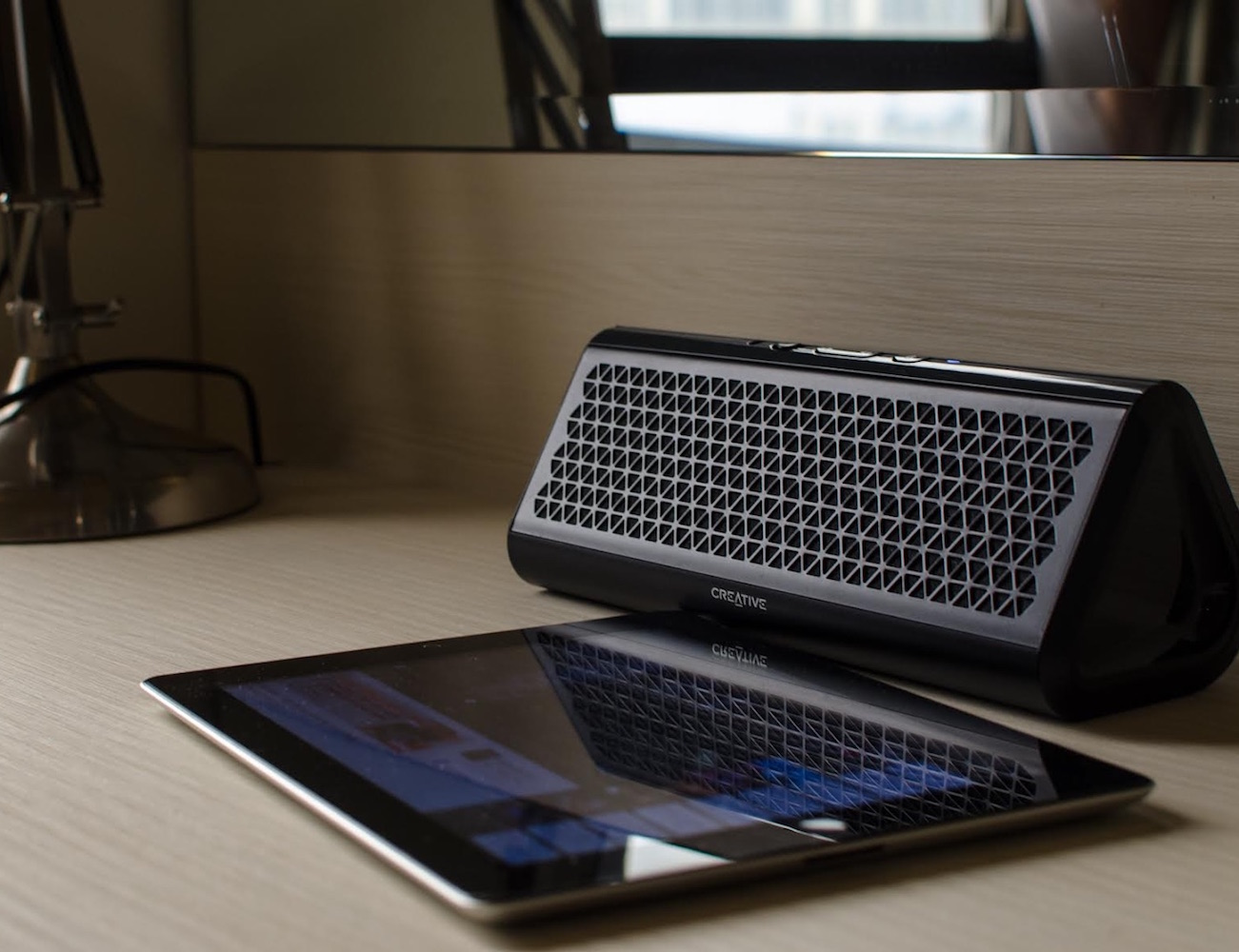 Creative Airwave – Portable Wireless Bluetooth Speaker with NFC