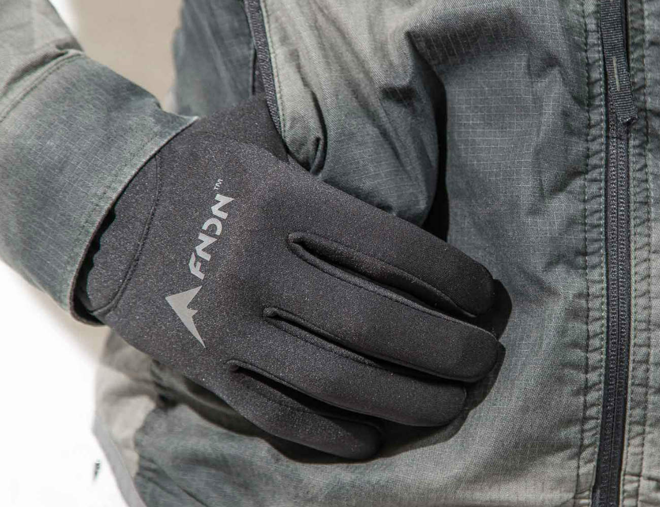FNDN Heated Gloves