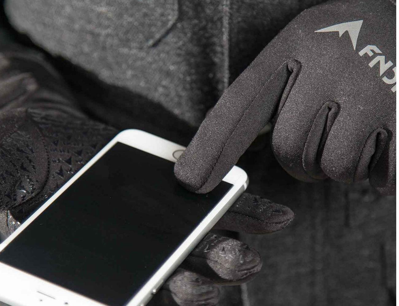 FNDN Heated Gloves