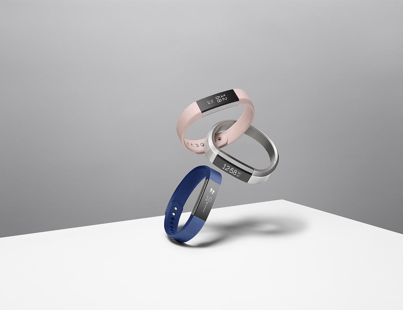 fitbit-alta-fitness-tracker-02