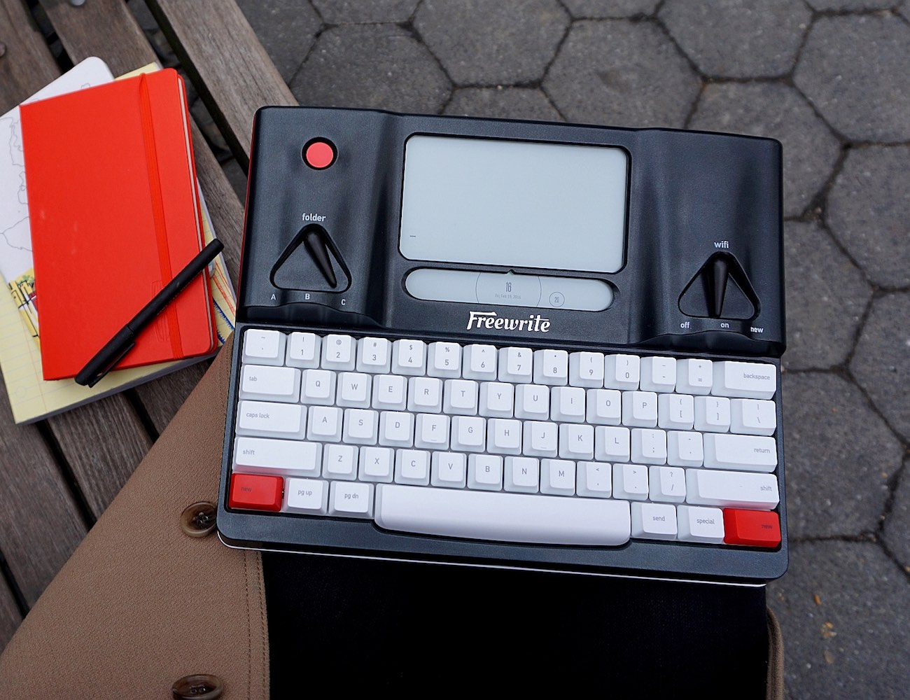 Freewrite – The World's First Smart Typewriter