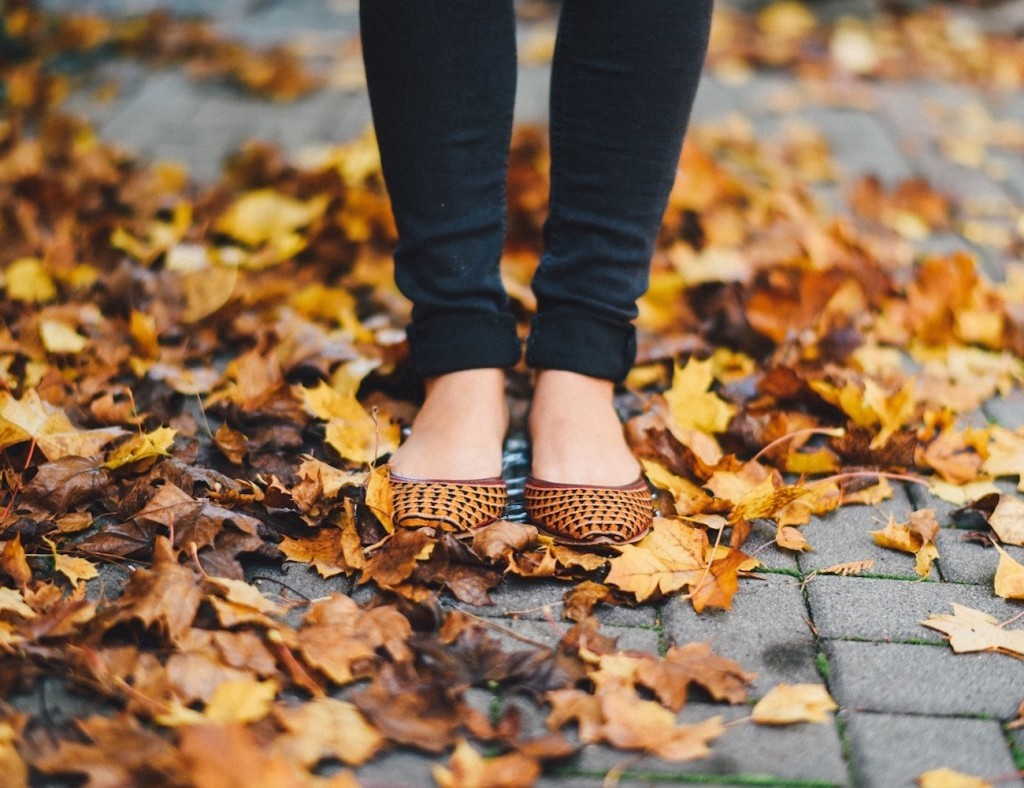 Fuchsia Handmade Shoes 01