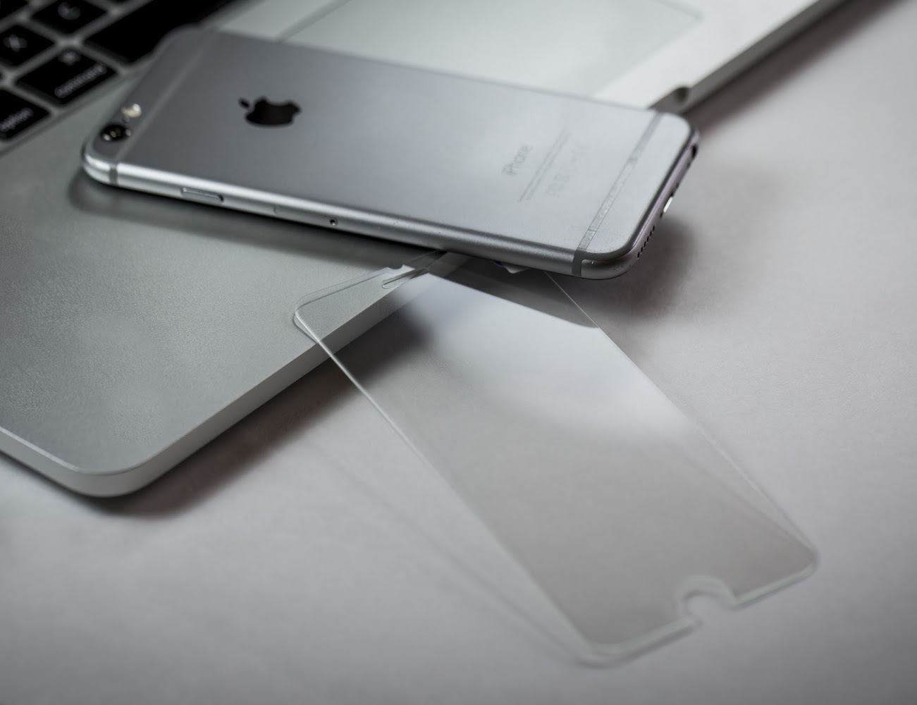 Give Your iPhone 6/6s Superpowers