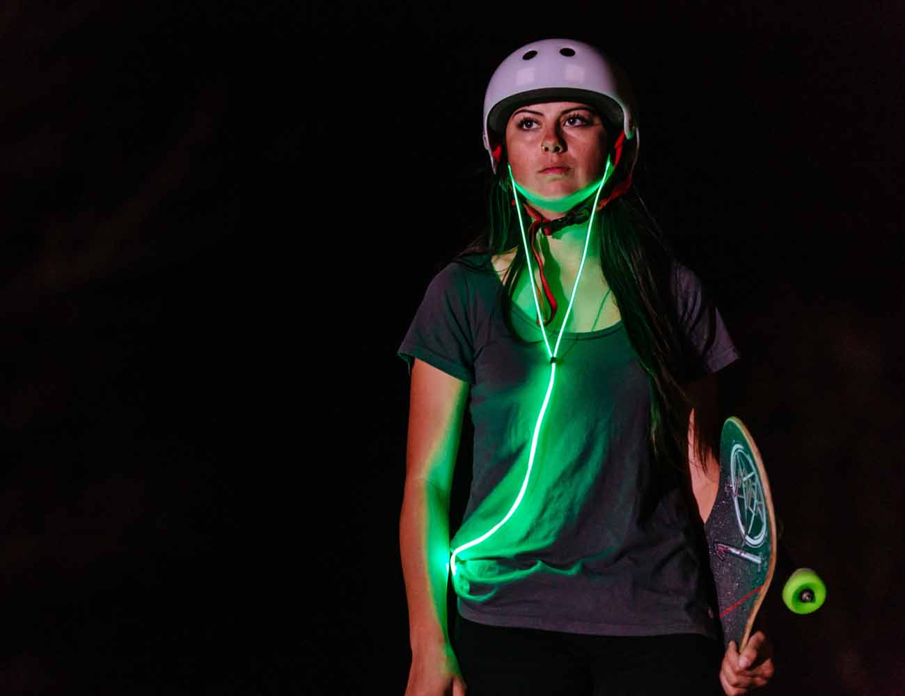 Glow – The First Smart Headphones with Laser Light