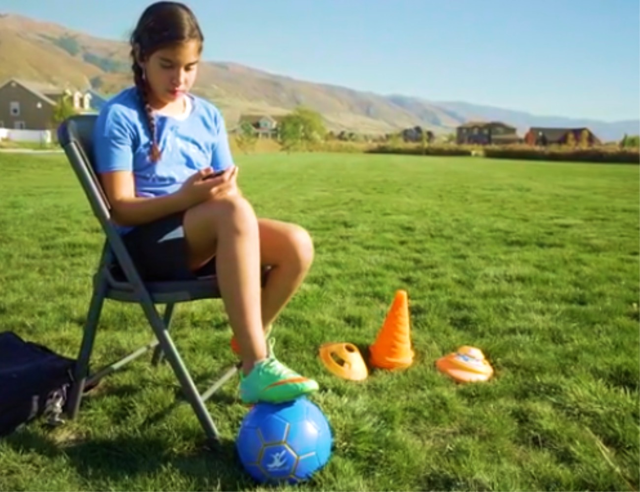insidecoach-connected-smart-soccer-ball-04