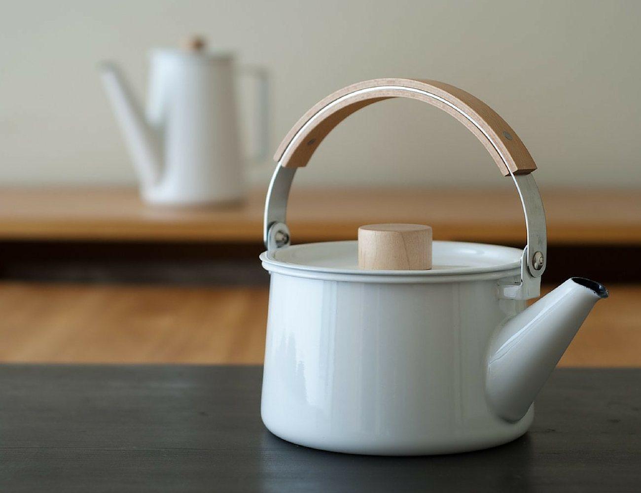 Kaico Enamel Tea Kettle by Makoto Koizami