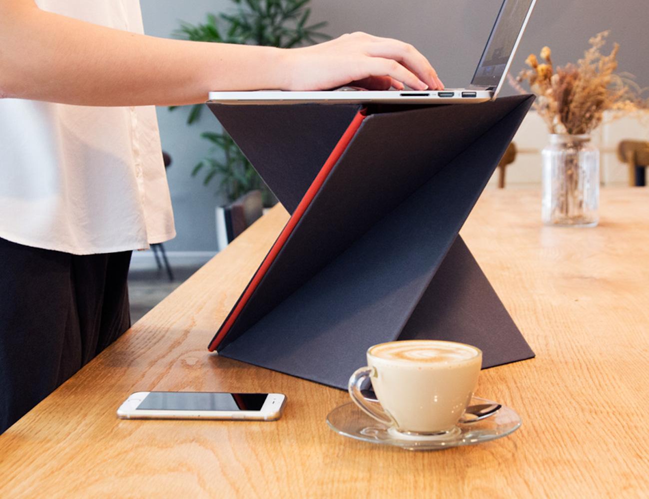 LEVIT8 – The Flat Folding Portable Standing Desk