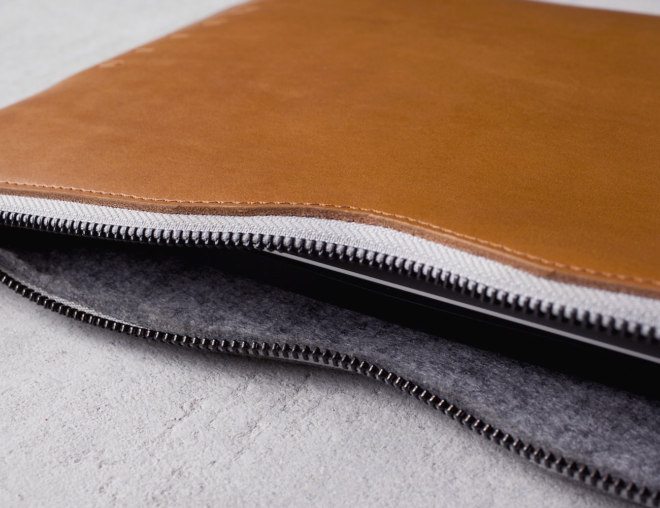 new product edf82 6f52e Leather MacBook Folio Sleeve by Mujjo