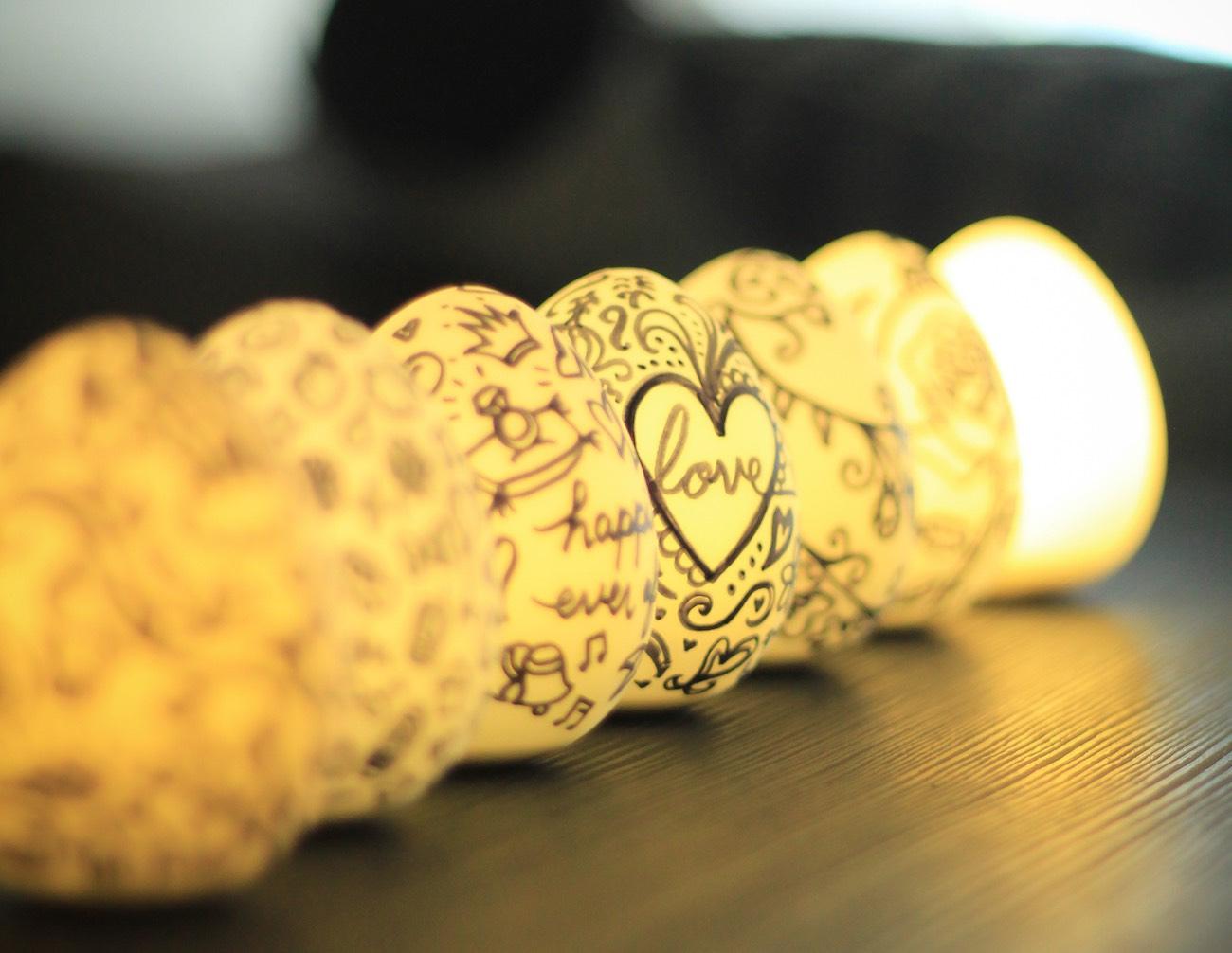 Multifunctional Decorative and Personalizable Light