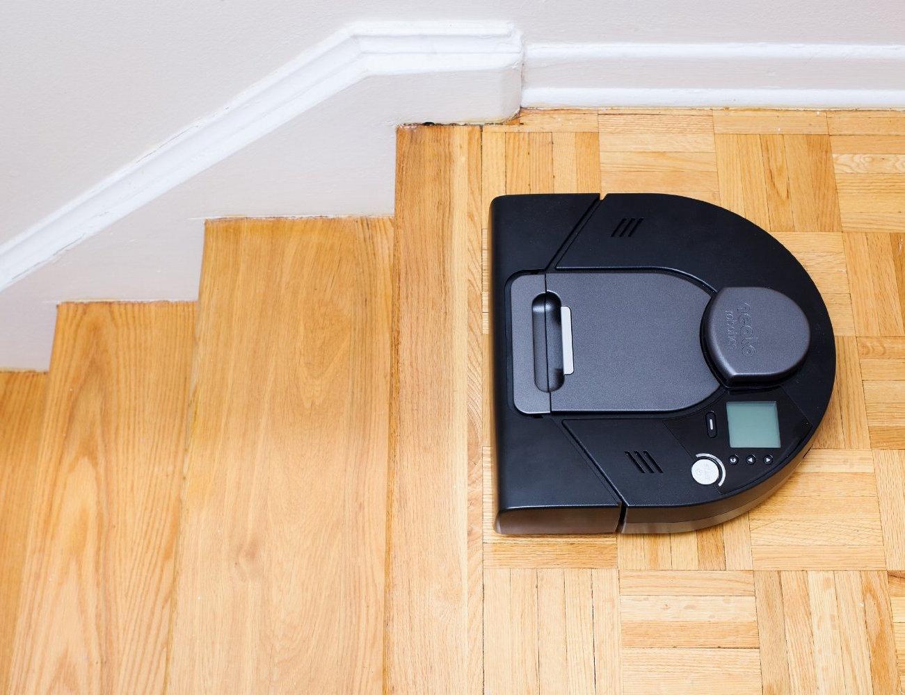 Neato Xv Signature Pro Robot Vacuum Cleaner 187 Gadget Flow