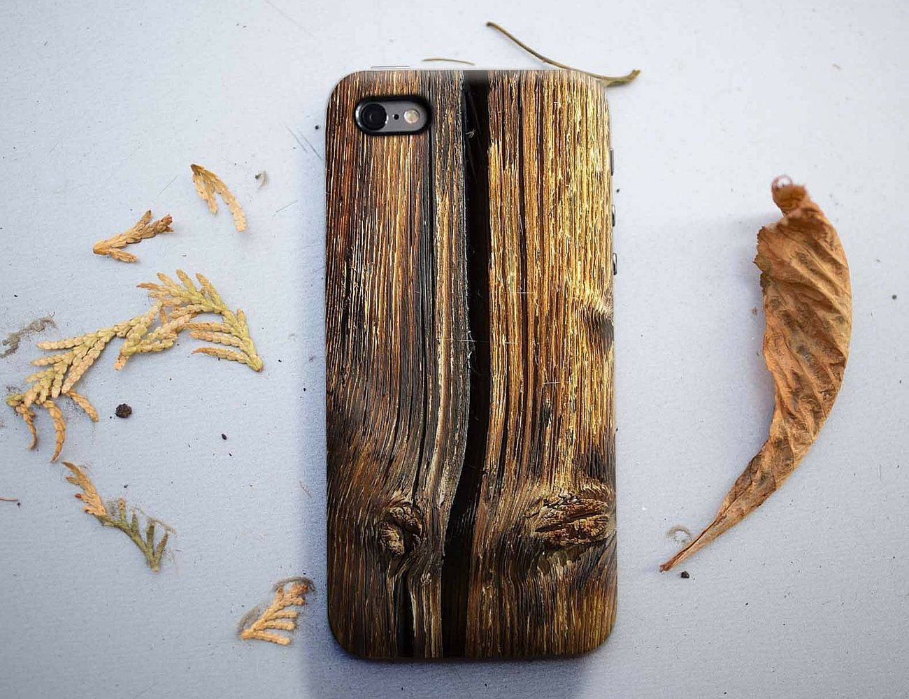 Old+Cracked+Wood+Smartphone+Case+By+DFRshop