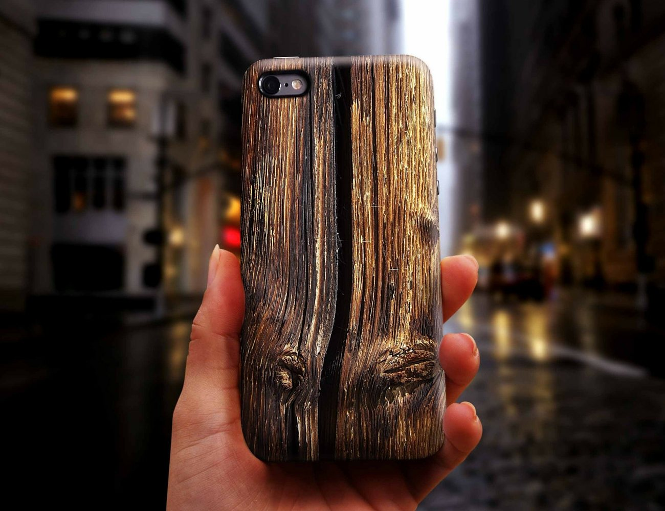 Old Cracked Wood Smartphone Case by DFRshop