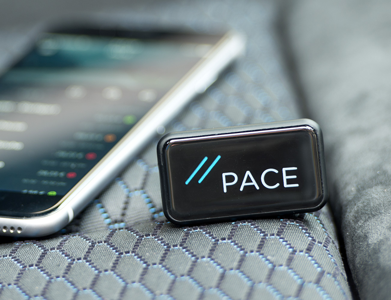 pace-link-turn-your-car-into-a-smartcar-01