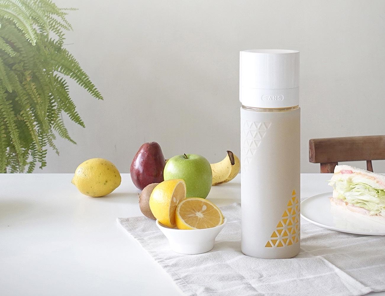 SANS Juice and Smoothie Preserving Travel Bottle