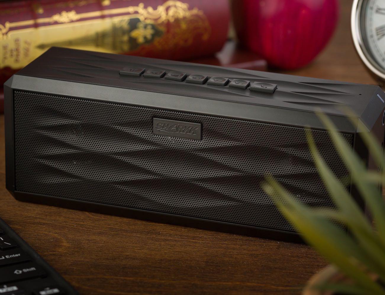 sharkk-boombox-portable-bluetooth-speaker-02