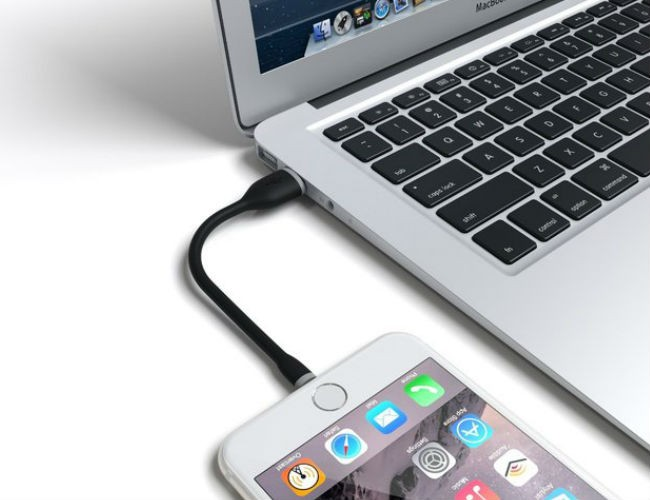 Satechi Flexible Lightning to USB Cable