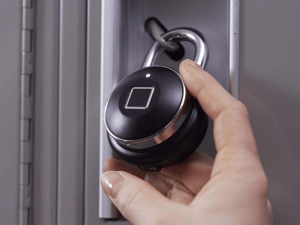 TappLock one+ Smart Fingerprint Padlock unlocks with a simple touch