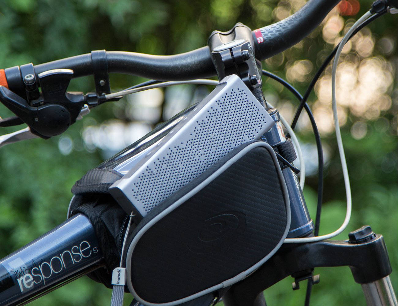 Waterproof+Portable+Speaker+From+Inateck