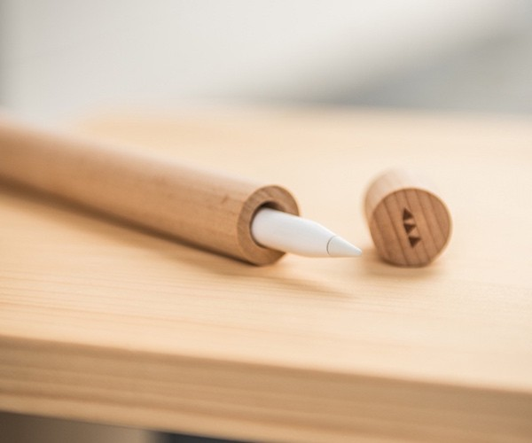 wooden-apple-pencil-case-by-walk-your-pencil-01