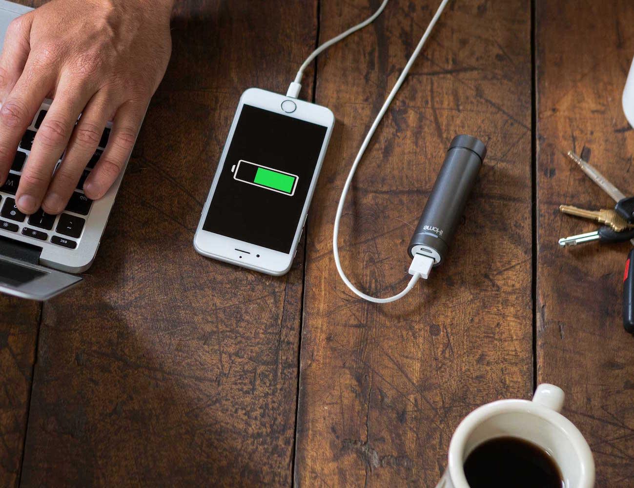 iHome Kineta Portable Speaker and Battery Range loading=