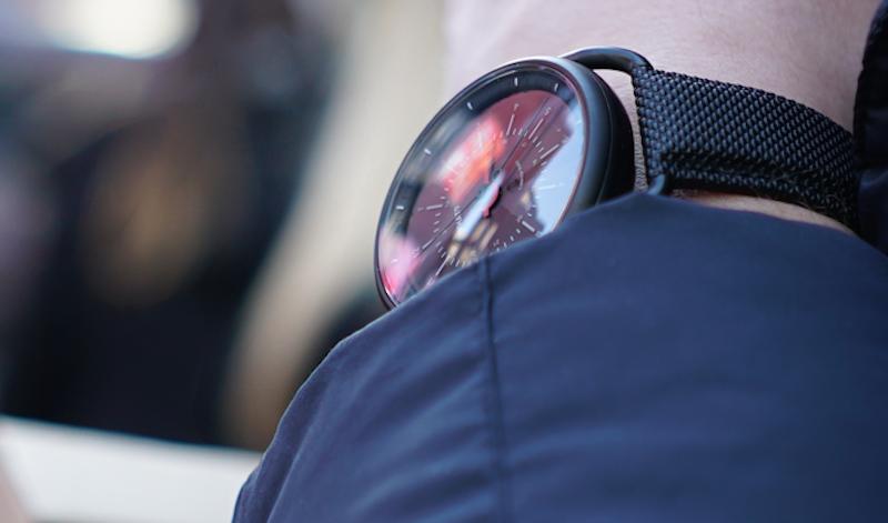 The Calendar Watch Puts Smartwatch Functionality in an Elegant Façade