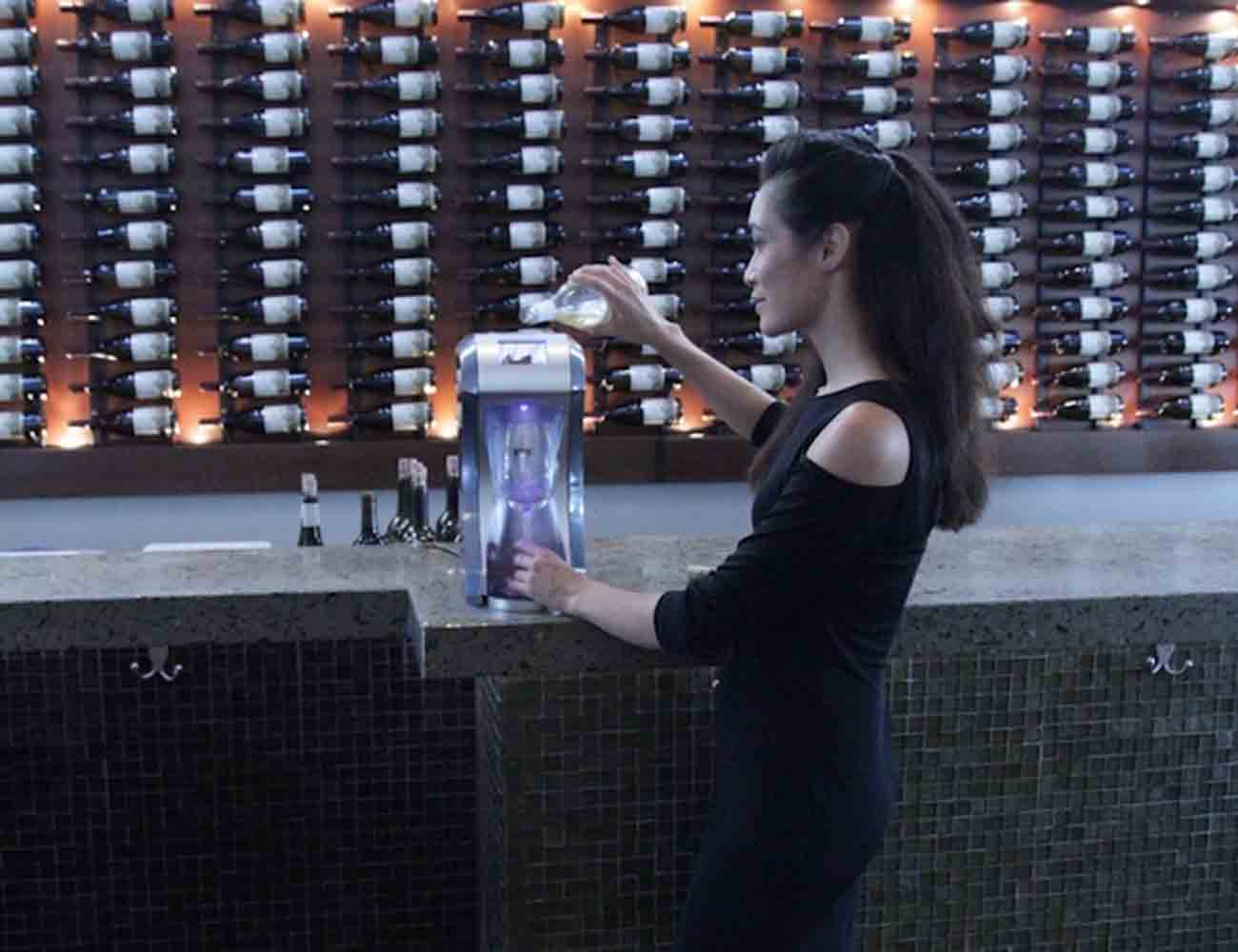Cyros – The World's First Instant Wine Chiller