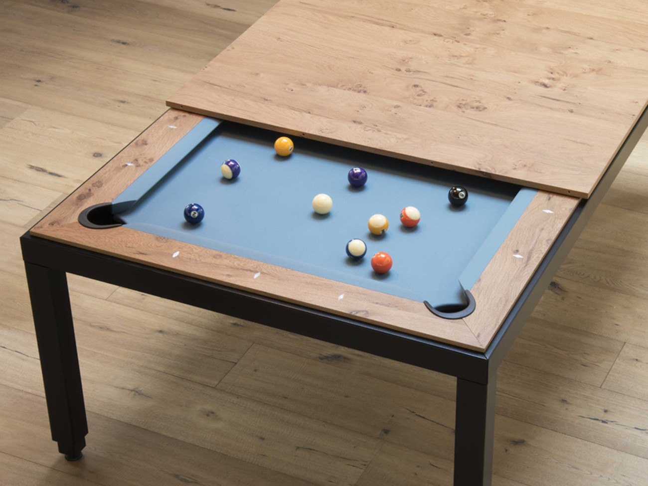 fusion pool table and dining table gadget flow. Black Bedroom Furniture Sets. Home Design Ideas