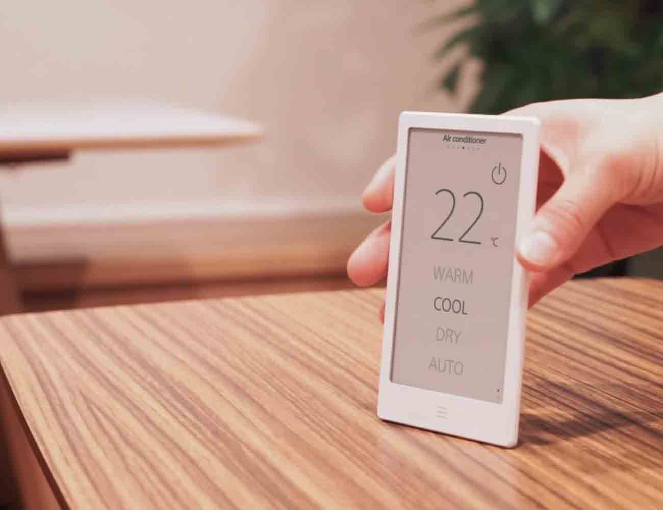 Huis E-Ink Remote Controller – One Remote For All Your Smart Home Devices