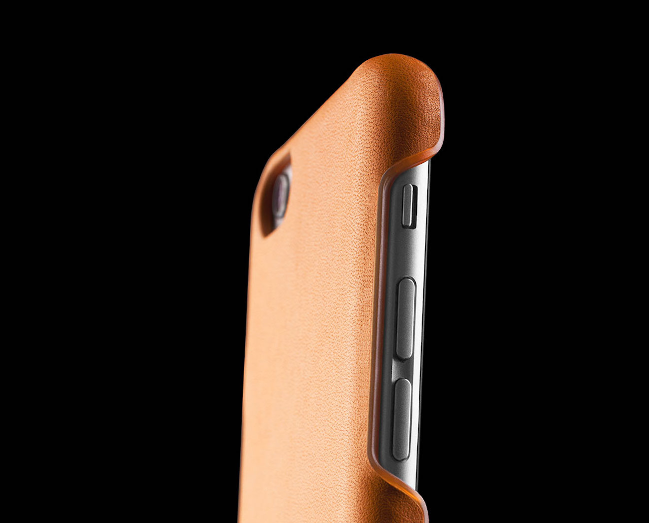 leather-iphone-6s-and-6s-plus-case-by-mujjo-05