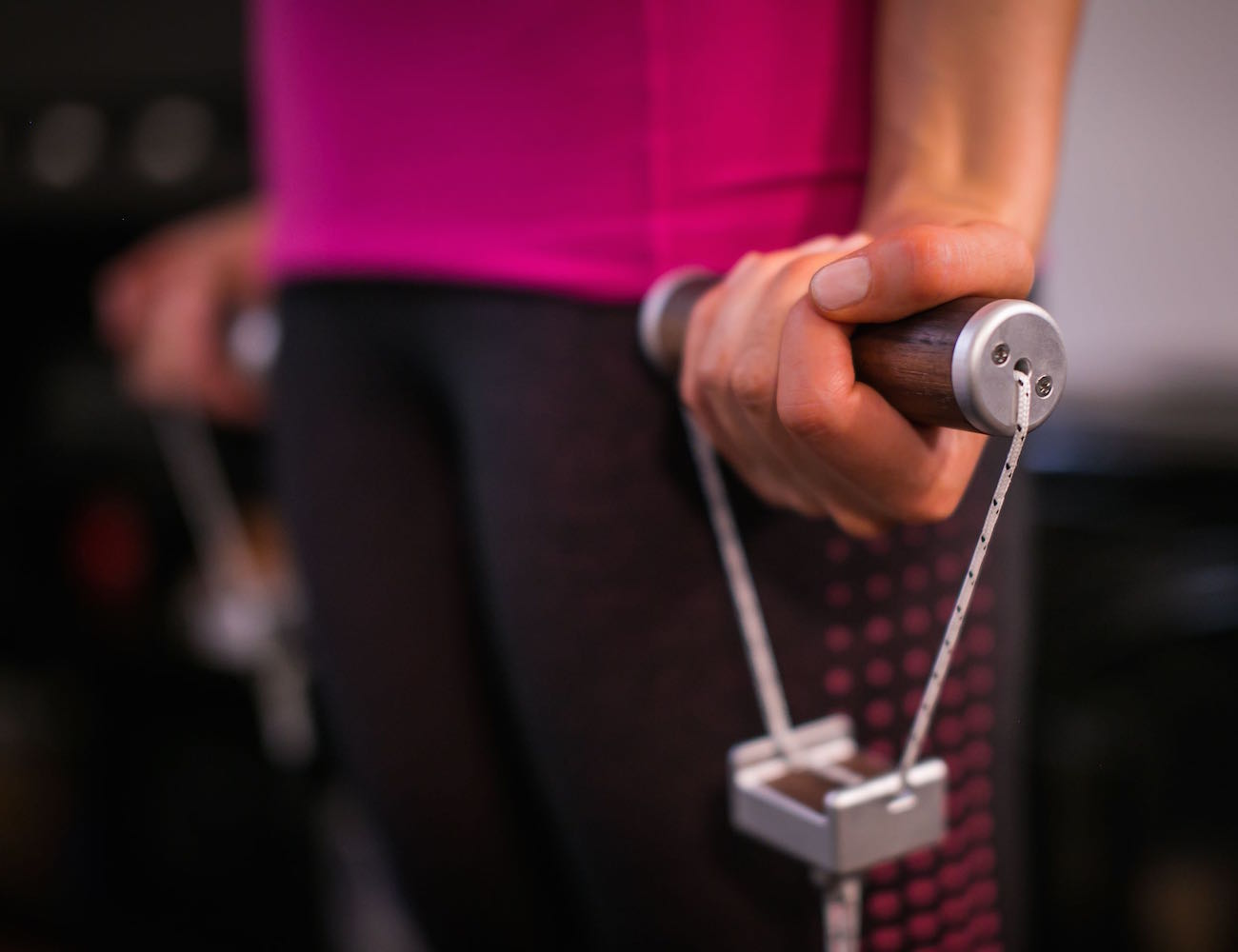 LiftUp – A Modern Resistance Band That Tracks Your Workout