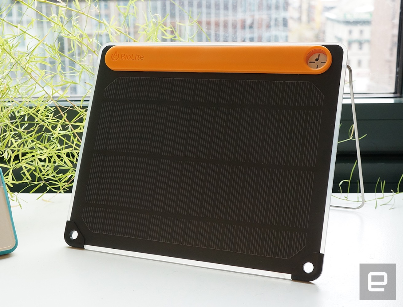 powerlite-solar-kit-by-biolite-03