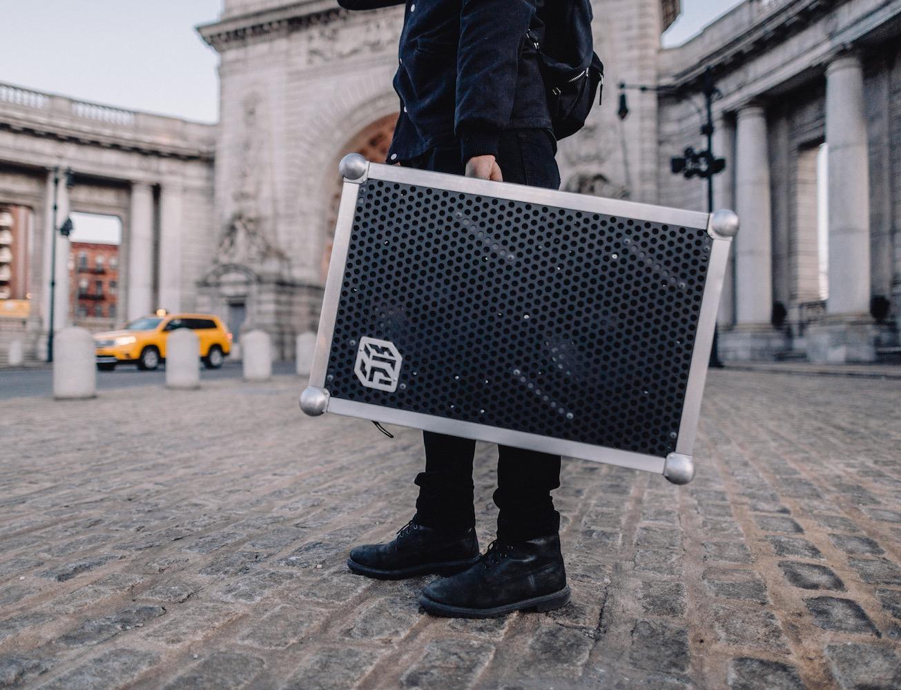 SOUNDBOKS+%26%238211%3B+The+Loudest+Battery-Powered+Speaker