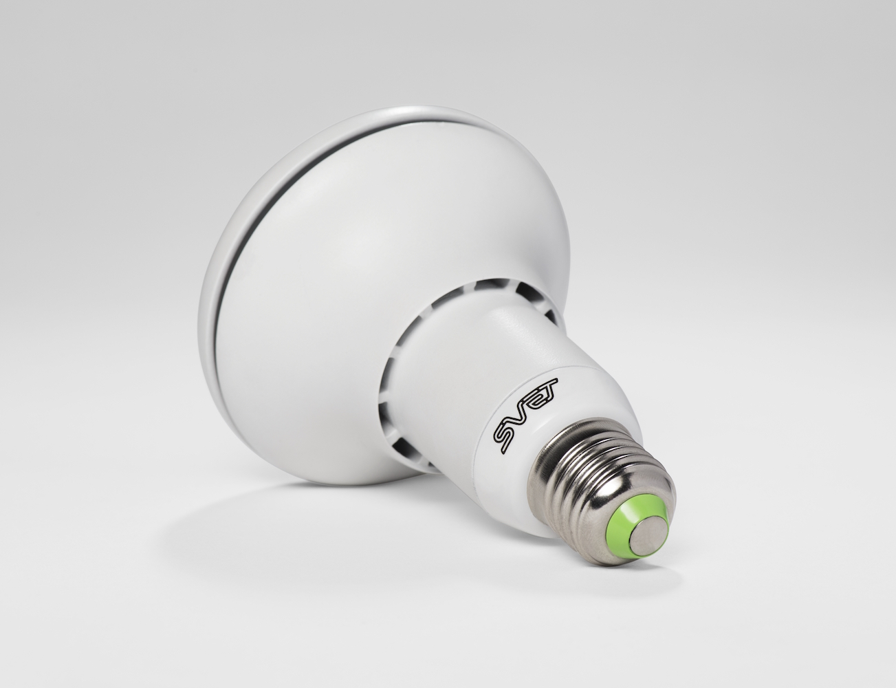 svet-the-health-friendly-light-bulb-03