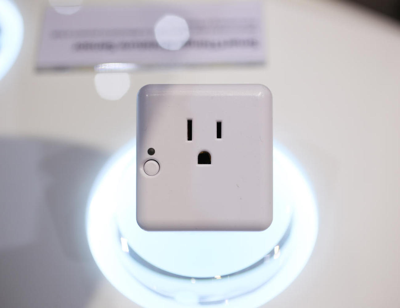 SmartThings Outlet by Samsung
