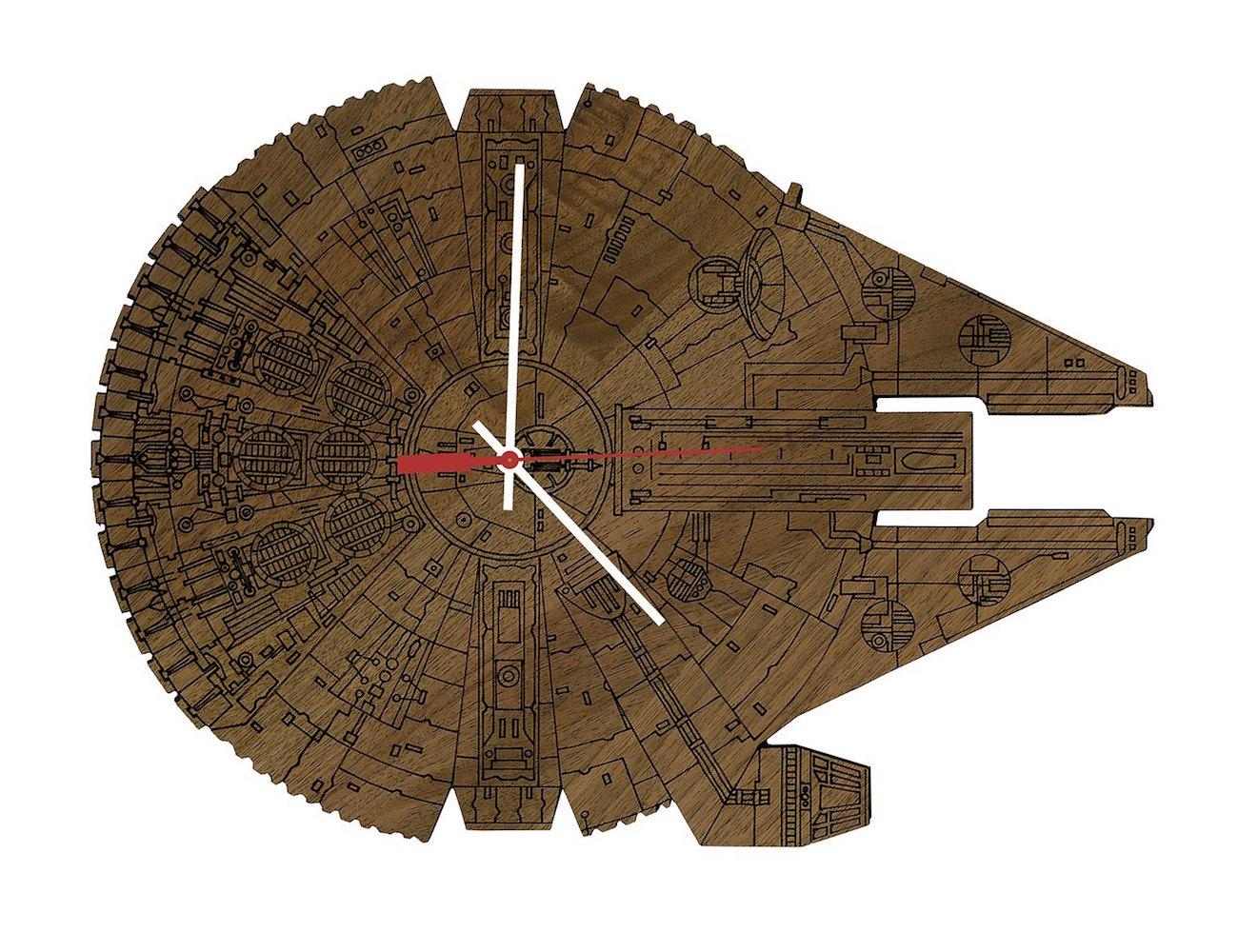 star wars millennium falcon wood wall clock gadget flow. Black Bedroom Furniture Sets. Home Design Ideas