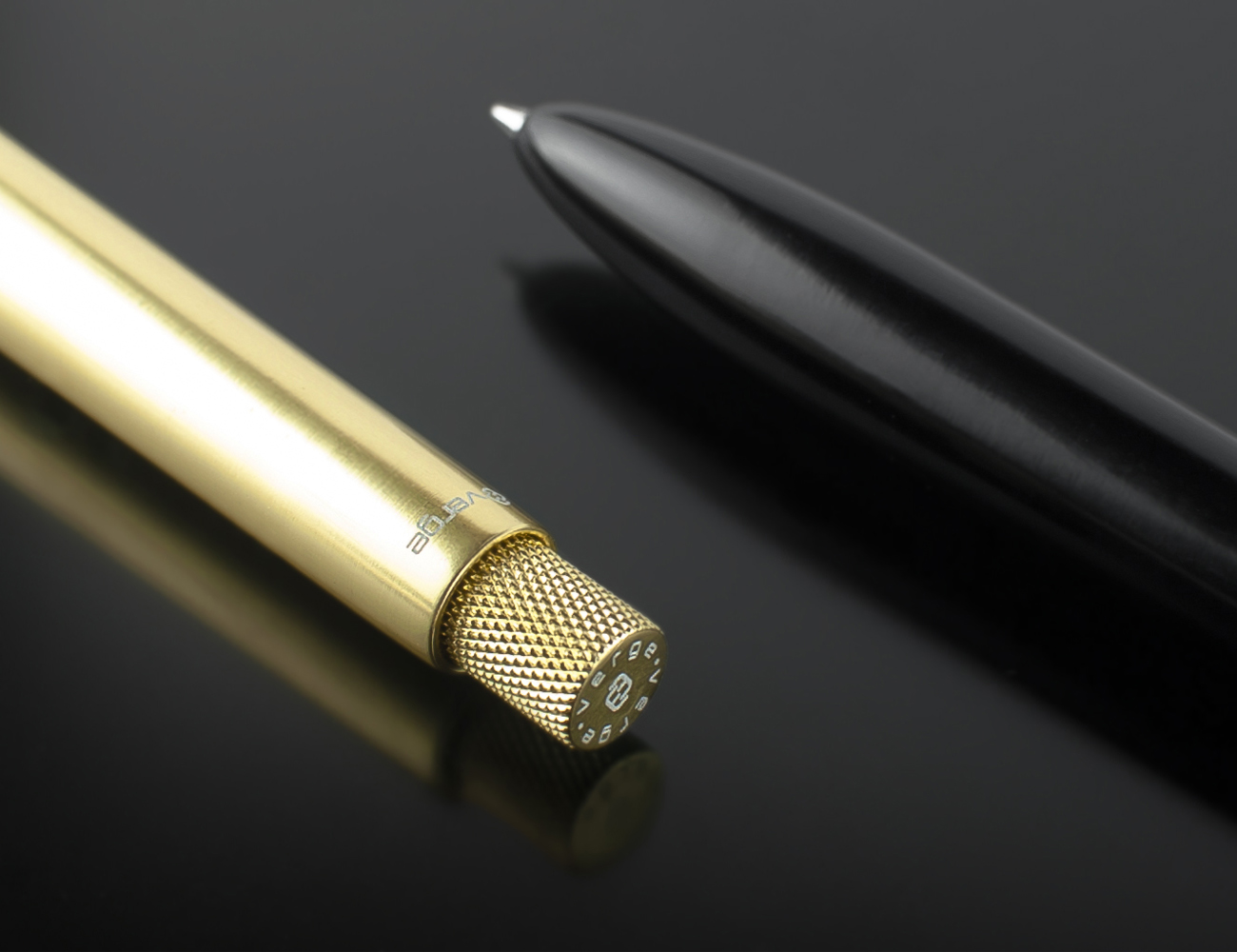The Most Minimalistic Pen by Verge
