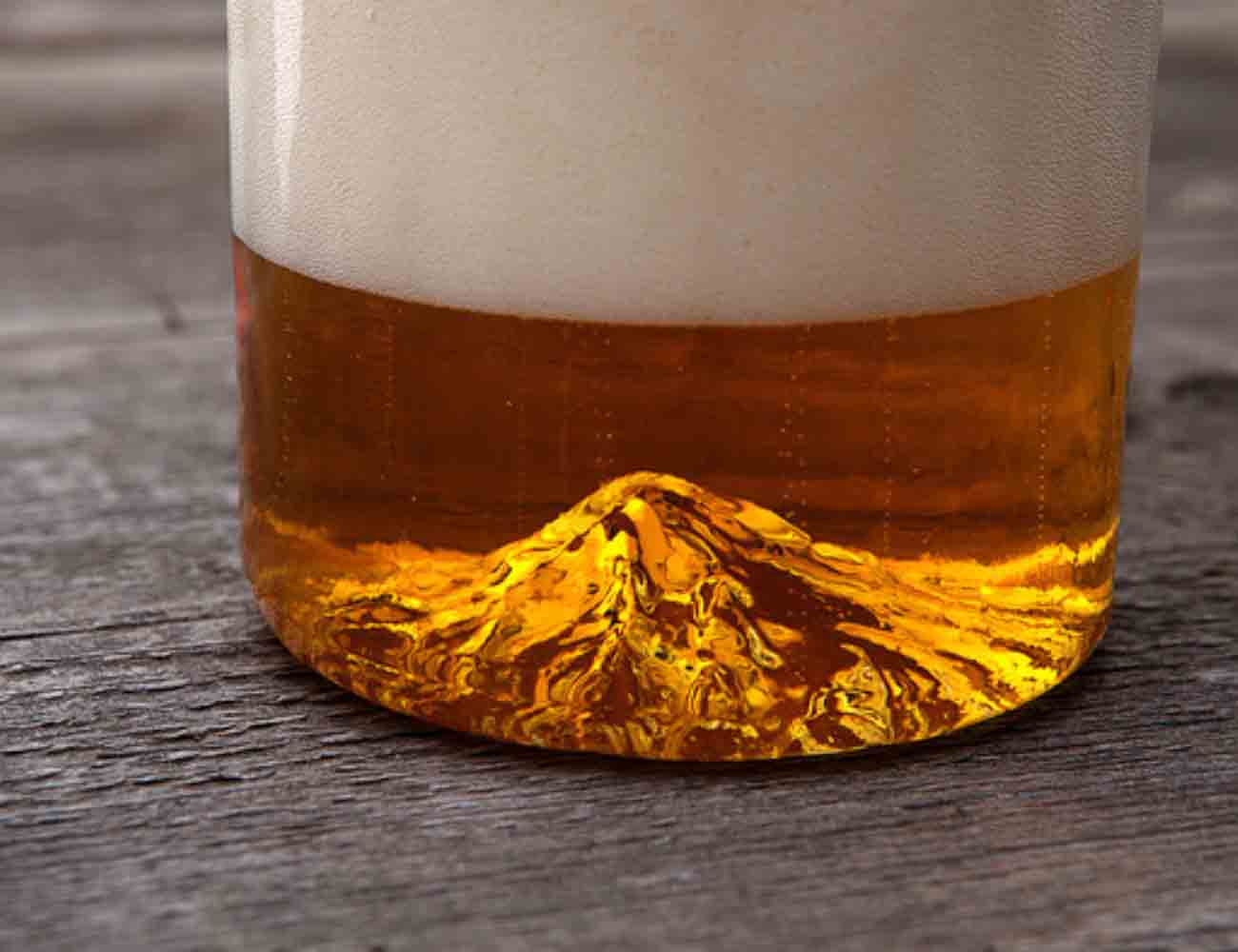 The Oregon Pint Glass by North Drinkware