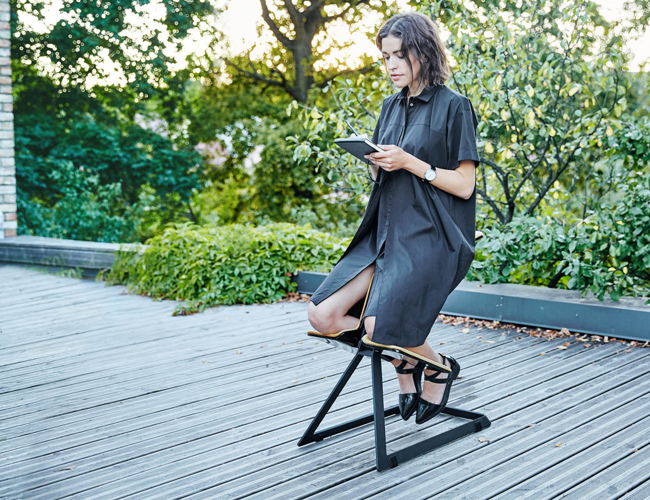 W Chair – the Truly Ergonomic Desk Chair