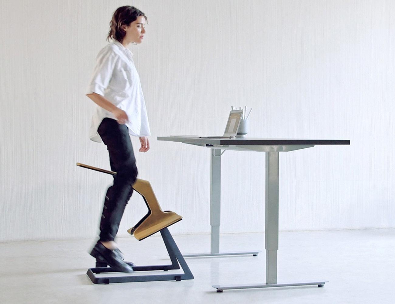 W Chair The Truly Ergonomic Desk