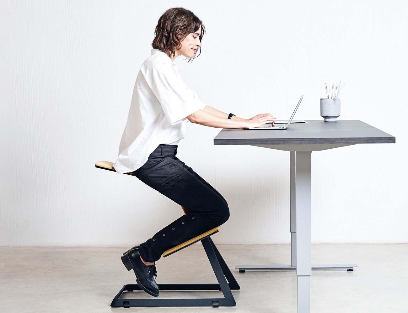 W Chair The Truly Ergonomic Desk Chair 187 Review